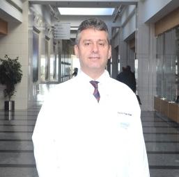 Profesor Doctor in Patologie Huseyin Baloglu
